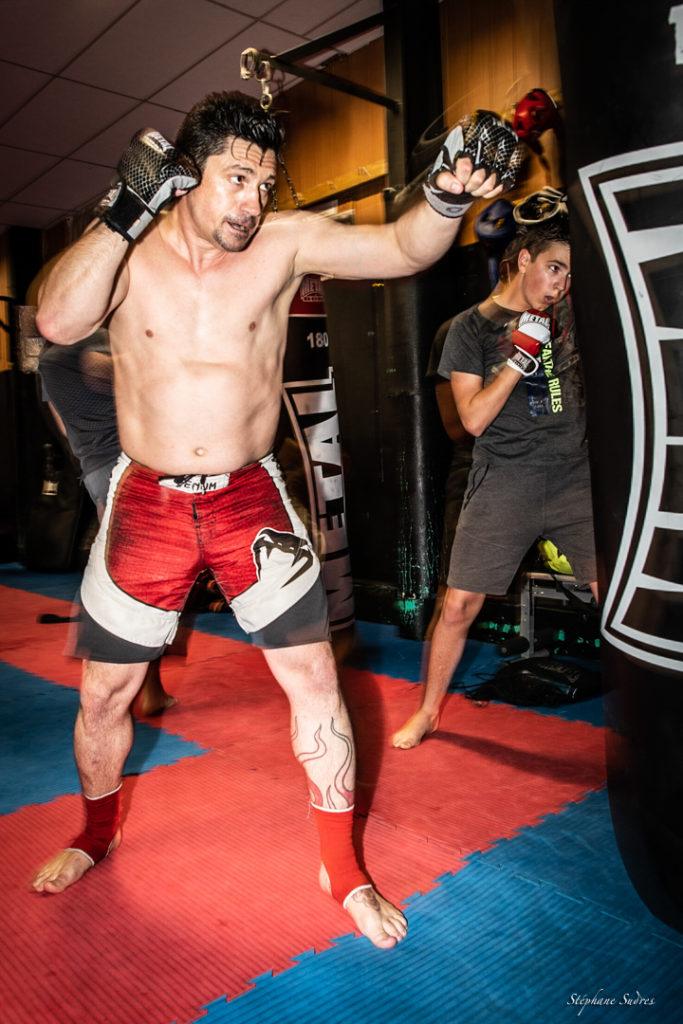 professeur de boxe à l'entrainement