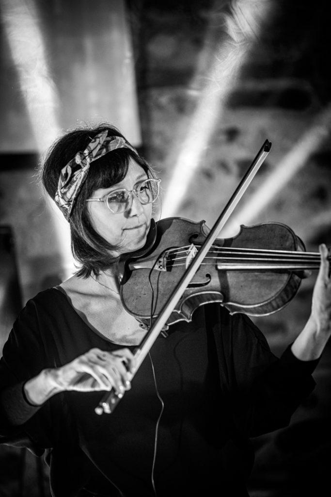 Lucile la violoniste au Manoir du Prince pour un mariage à Toulouse