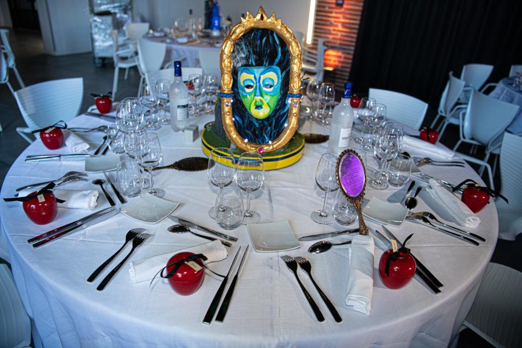 Sur le thème Disney cette superbe décoration de table pour le mariage à Toulouse d'Emmanuel et Kevin